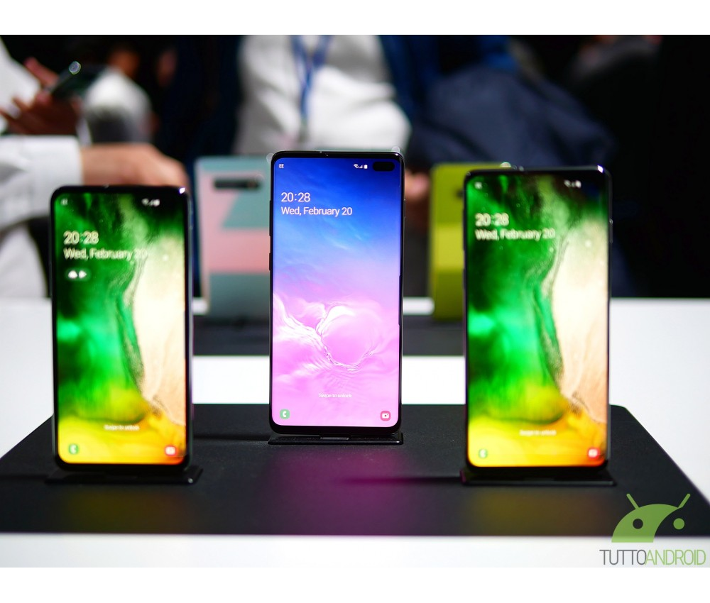 Samsung Galaxy S10, S10+ e S10e sono disponibili all'acquisto in Italia